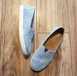 TOMS Blue Printed Avalons